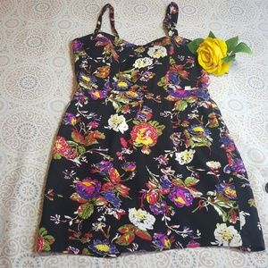 Forever 21 Black Floral Multi Color Sleeveless M